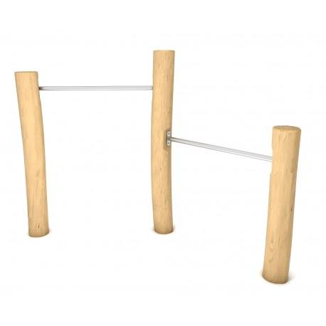Sbarre in acciaio con montanti in legno di robinia,  gioco per parchi
